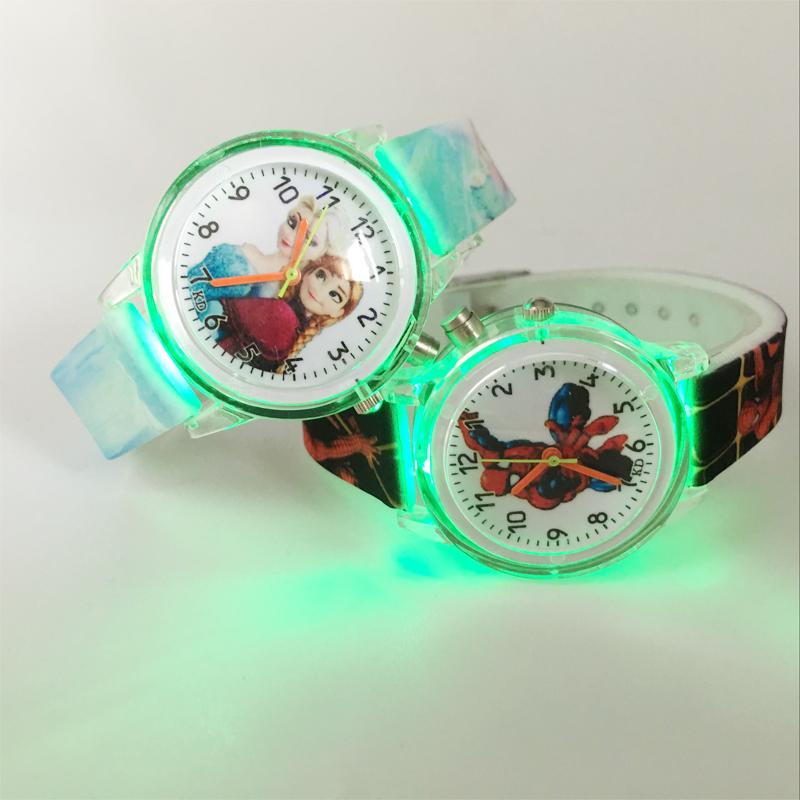детские кварцевые часы принцесса Эльза, человек-паук